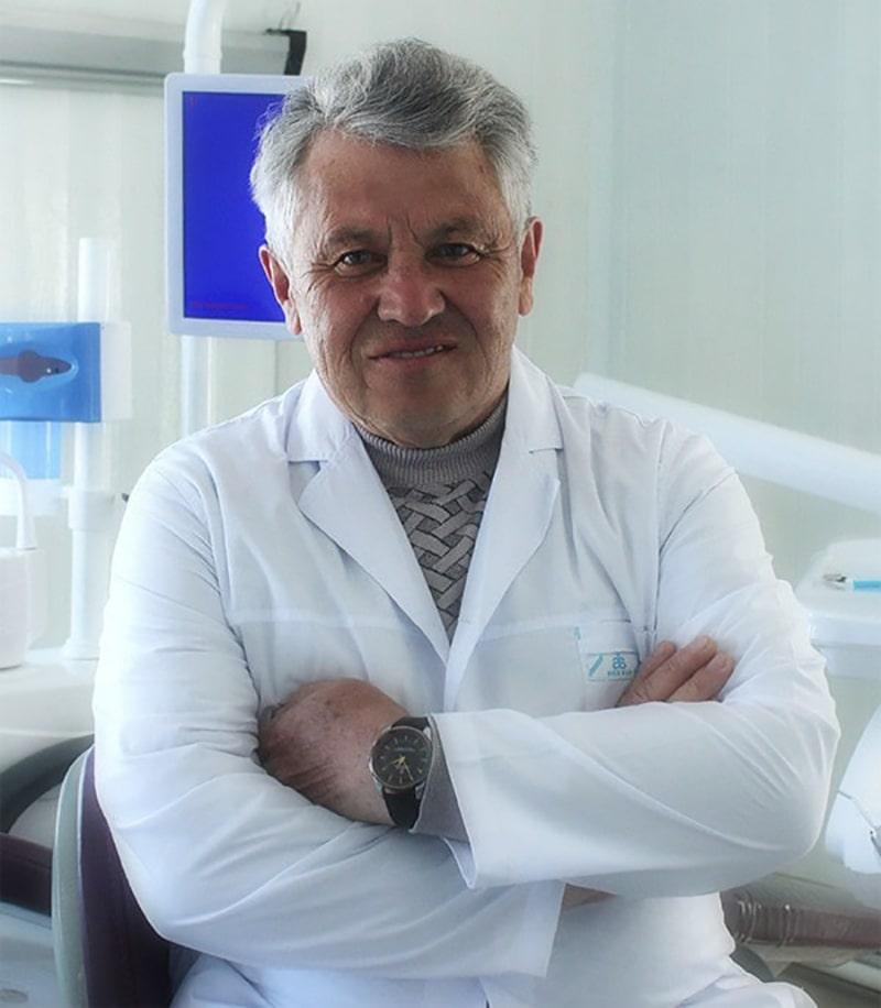 Эмир Мукашевич